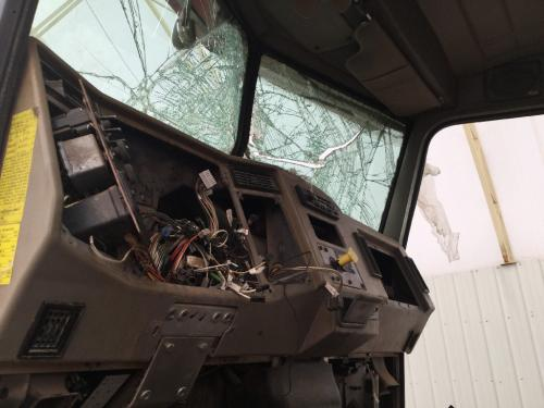 PETERBILT 335 Dash Assembly