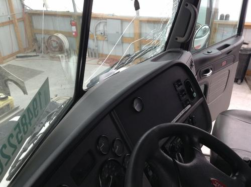 PETERBILT 384 Dash Assembly
