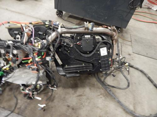KENWORTH T-680 Dash Assembly