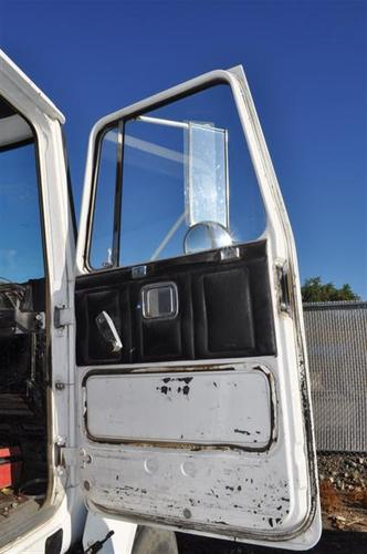 WHITE ROAD BOSS 2 Door Assembly, Front