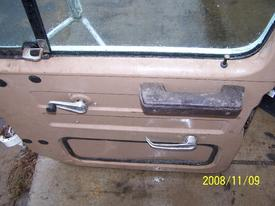INTERNATIONAL 1654 Door Assembly, Front