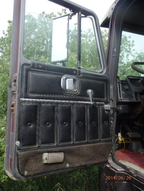 MACK MH600 SERIES Door Assembly, Front