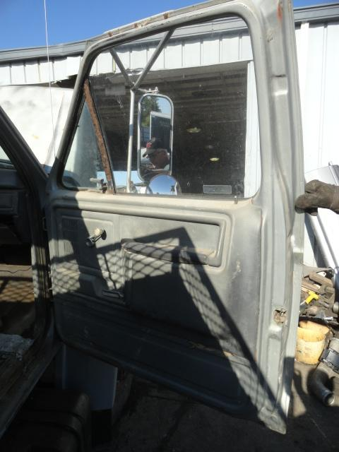 FORD F-7000 Door Assembly, Front