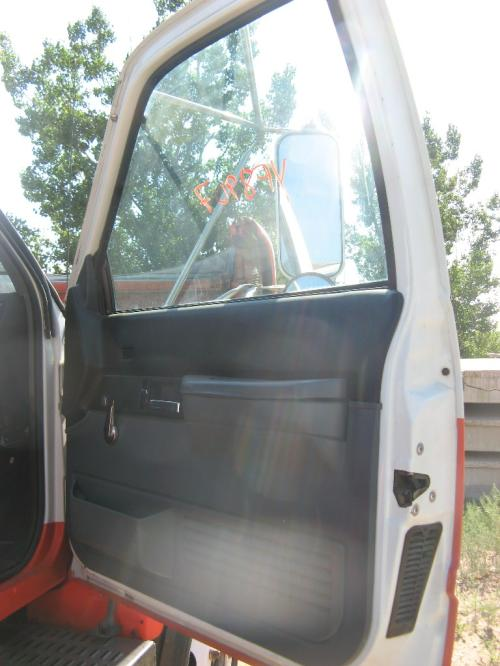 GMC - MEDIUM TOPKICK Door Assembly, Front