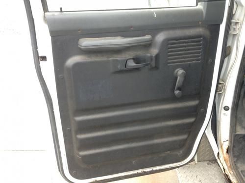 FORD E350 CUBE VAN Door Assembly, Front