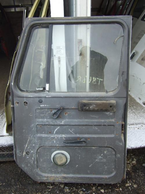 INTERNATIONAL SLINE Door Assembly, Front