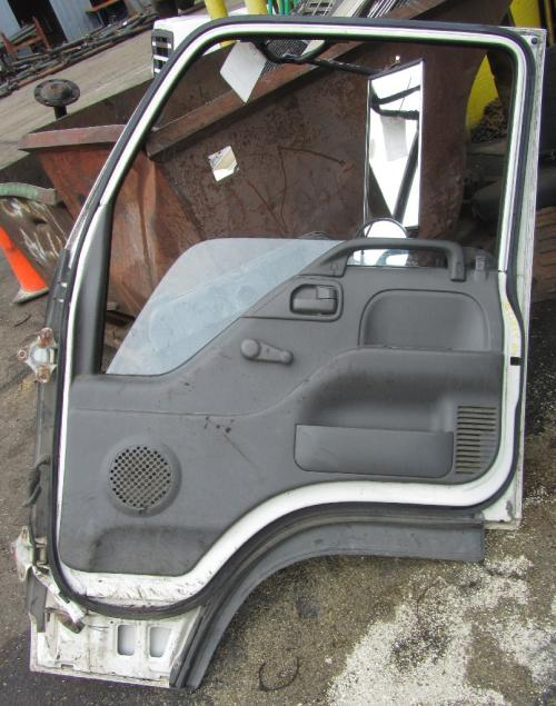 CHEVROLET W4 Door Assembly, Front