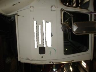 FORD LN9000 Door Assembly, Front