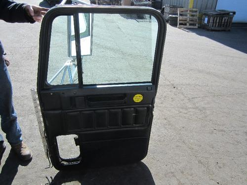 FREIGHTLINER FLD120SD Door Assembly, Front