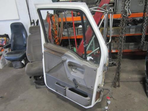 FORD A9513 AEROMAX 113 Door Assembly, Front