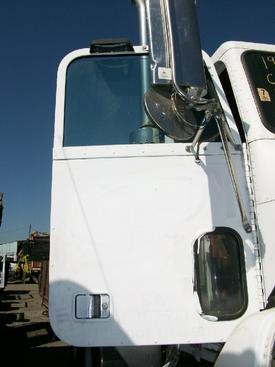 FREIGHTLINER FLD112SD Door Assembly, Front