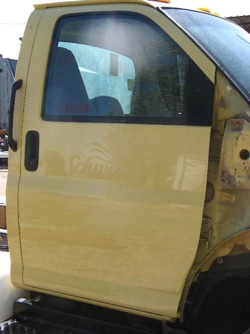 GMC - MEDIUM C5500 Door Assembly, Front