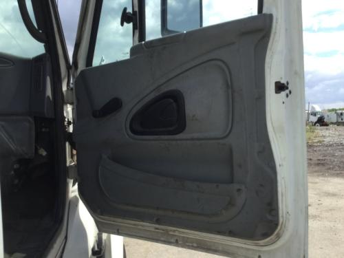 INTERNATIONAL 8600 Door Assembly, Front