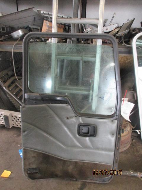 KENWORTH T300 Door Assembly, Front