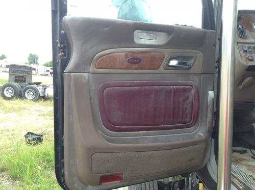 PETERBILT 388 Door Assembly, Front