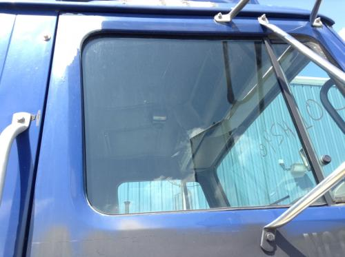 INTERNATIONAL 8100 Door Glass, Front