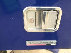 FREIGHTLINER COLUMBIA 120 Door Handle