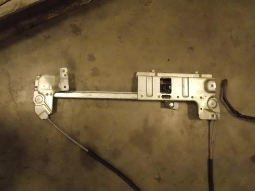 MITSUBISHI FUSO  Door Window Regulator, Front