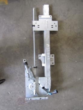 MACK CXU612 Door Window Regulator, Front