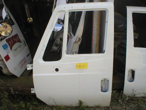 INTERNATIONAL 7500 Door Assembly, Front