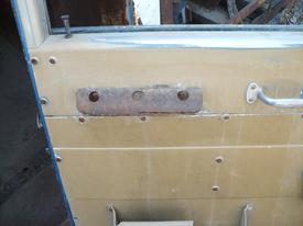 INTERNATIONAL F4300 Door Assembly, Front
