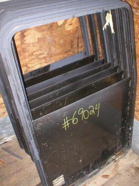 KENWORTH SHELL Door Assembly, Front