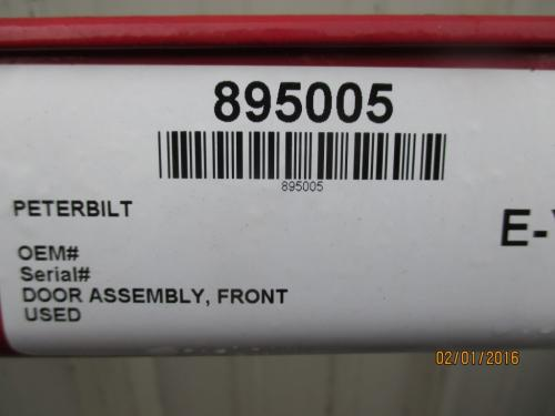 PETERBILT  Door Assembly, Front
