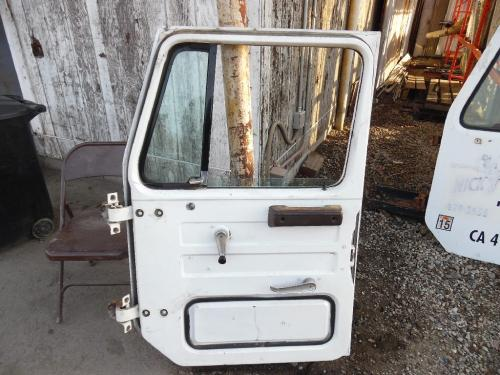 INTERNATIONAL 1754 Door Assembly, Front