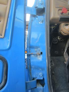 CHEVROLET BRUIN Door Assembly, Front