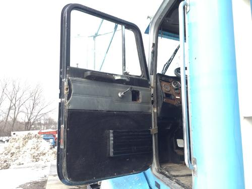 PETERBILT 377 Door Assembly, Front