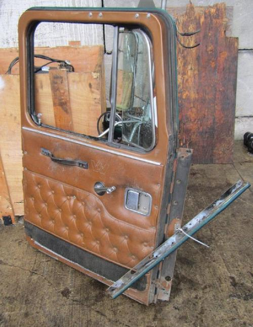 WESTERN STAR TR 4900 Door Assembly, Front
