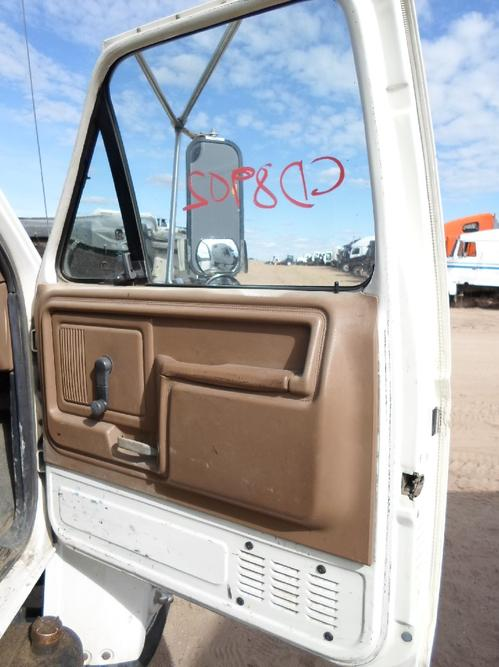 FORD F600 / F700 / F800 Door Assembly, Front