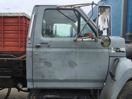 FORD F7000 Door Assembly, Front