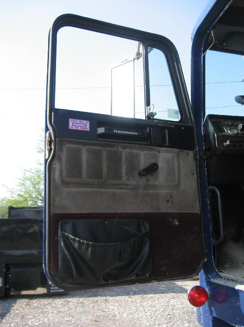 FREIGHTLINER FLA USF-1E HIGH Door Assembly, Front