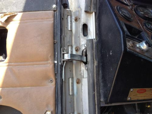 PETERBILT 357 Door Assembly, Front