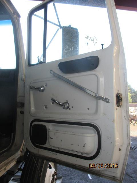 FORD L7000 Door Assembly, Front