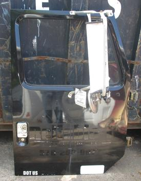 INTERNATIONAL 4700 Door Assembly, Front