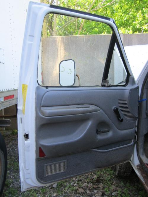 FORD FORD F450 PICKUP Door Assembly, Front