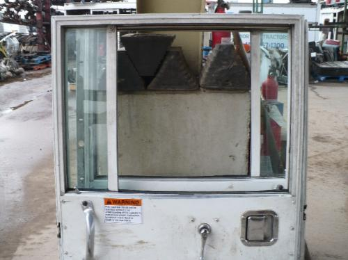 CRANE CARRIER LCF Door Assembly, Front