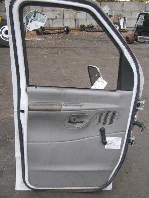 FORD ECONOLINE 350 Door Assembly, Front