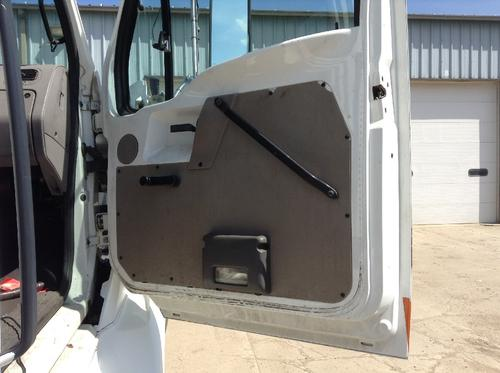 STERLING L9500 SERIES Door Assembly, Front