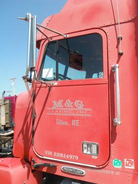 FREIGHTLINER FLD 120 Door Assembly, Front