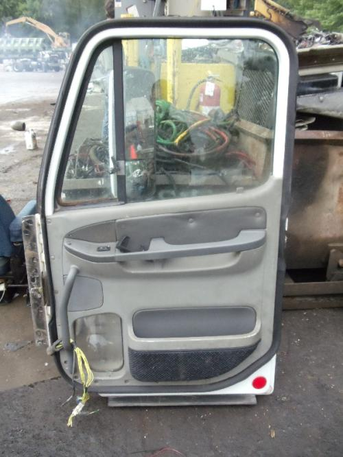 FREIGHTLINER CENTURY CLASS 120 Door Assembly, Front