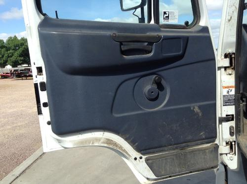 PETERBILT 270  Door Assembly, Front
