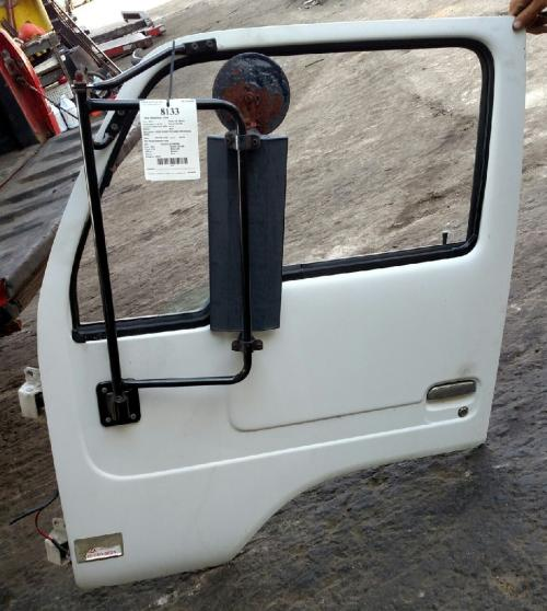 UD TRUCK UD1400 Door Assembly, Front