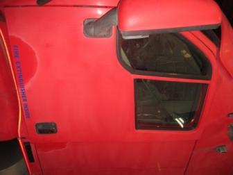 KENWORTH T2000 Door Assembly, Front