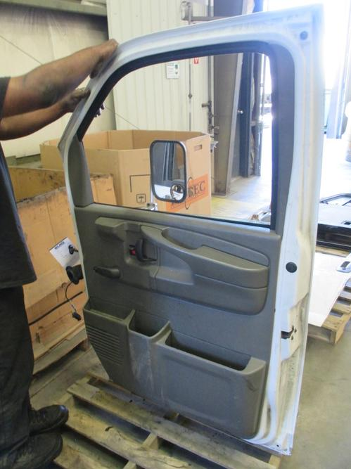 CHEVROLET G3500 Door Assembly, Front