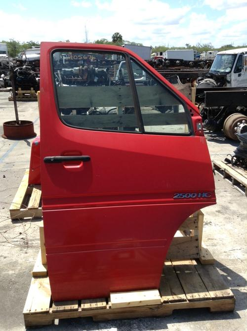 DODGE SPRINTER 2500 Door Assembly, Front