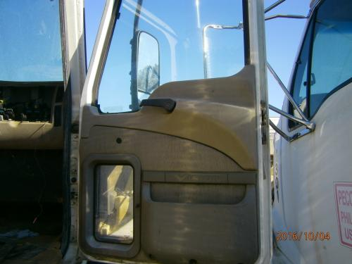 MACK CX613 Door Assembly, Front