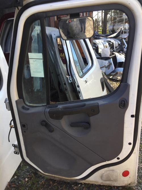 FREIGHTLINER M2  MEDIUM DUTY Door Assembly, Front